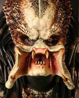 predator bust sideshow 2