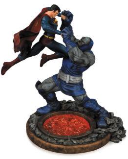 superman vs darkseed dc comics statue