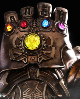 marvel-avengers-infinity-war-infinity-gauntlet-life-size-collectible-hot-toys-903428-06
