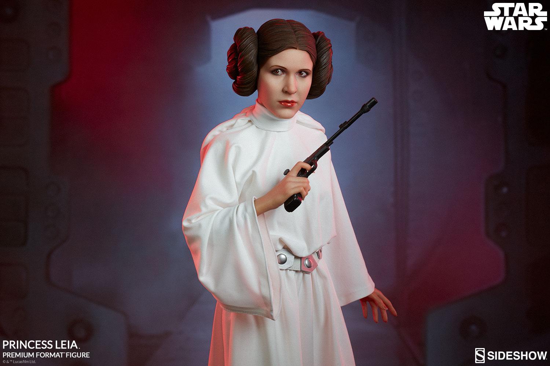 Star Wars A New Hope – Princess Leia Premium Statue ... How Old Was Princess Leia In A New Hope